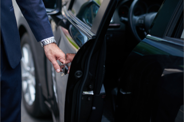 Vehiculos de lujo con chofer para ejecutivos